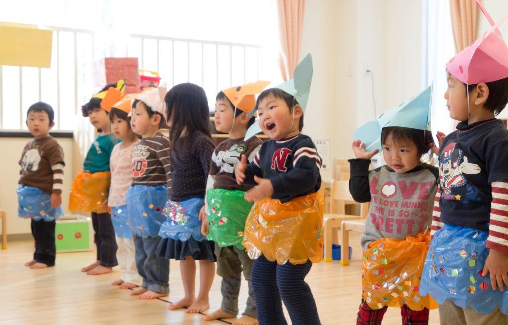 【保育士正社員】「谷塚駅」より徒歩4分 定員90名の大型保育園の画像 1